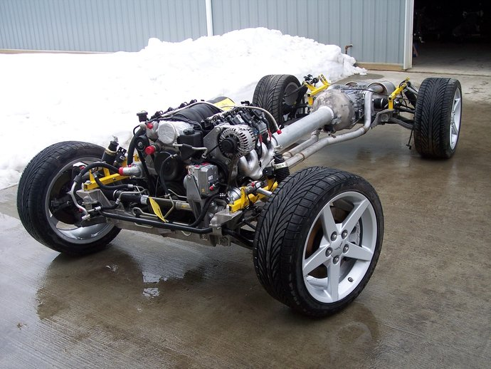2005_Chevy_chassis_1_.JPG